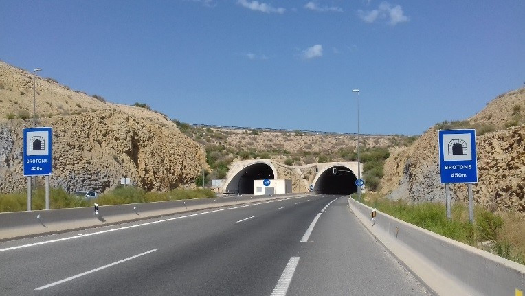 Service contract for the execution of various conservation and operation operations on the AP-7 motorway Alicante ring road
